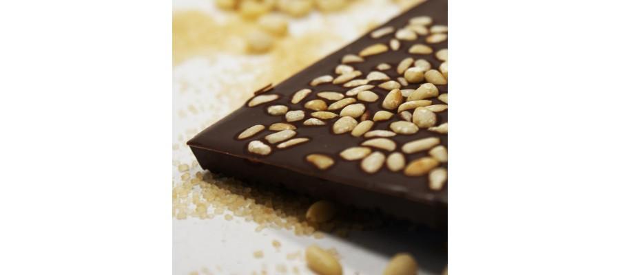 Шоколад Белоусов горький с кедровым орехом— 72% Кот-д'Ивуар